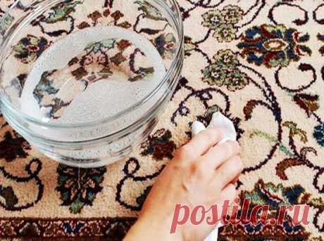 Как почистить ковер с помощью уксуса и пищевой соды