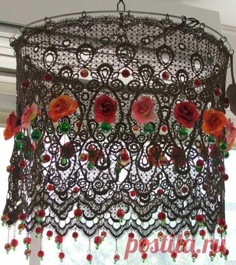 Красивые абажуры из цветов и кружева