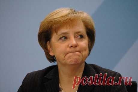Зачем Меркель срочно понадобилась встреча с Путиным Сегодня, в срочном порядке в Москву прилетает канцлер Германии Ангела Меркель. Ее неожиданный визит, без сомнений, связан с эскалацией ситуации на Ближнем Востоке и кардинально отличающимися позициями Берлина, да и ЕС в целом, от США. Очевидно, что поездка носит весьма срочный характер. Первыми о
