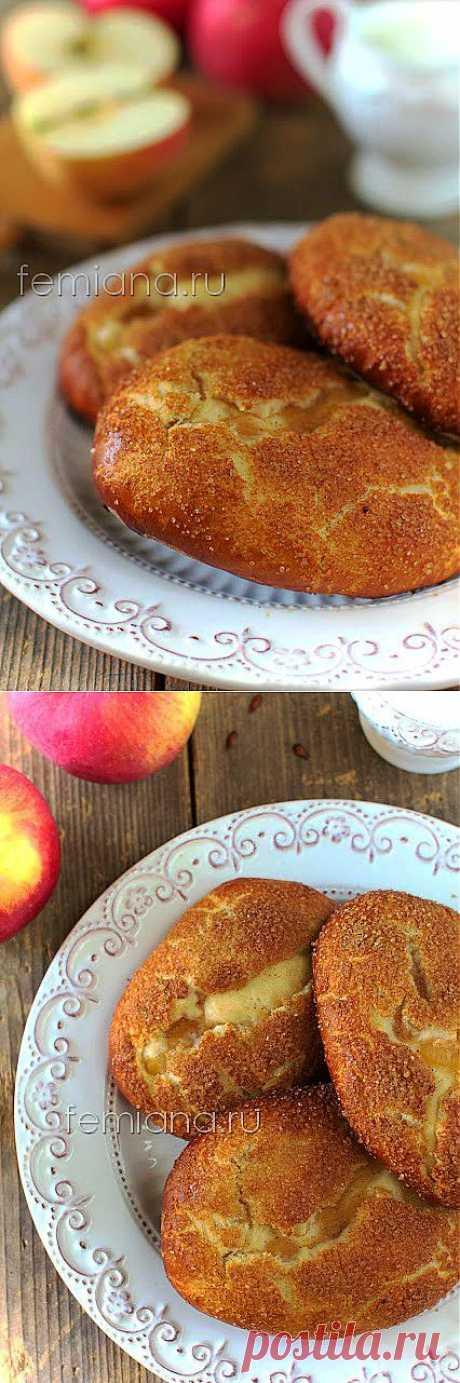Нежные и вкусные пирожки с яблоками в духовке | FEMIANA