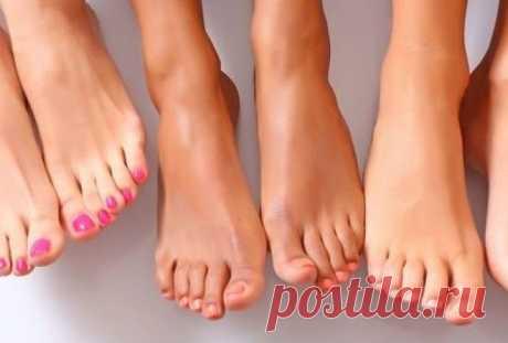 Средства против отёков ног, проверенные многими поколениями Опухшие ноги — больше, чем простая неприятность. Это болезненное, утомительное состояние, и не всегда его можно победить пассивным отдыхом в кровати…     Причины отеков многочисленны: от длительного с…