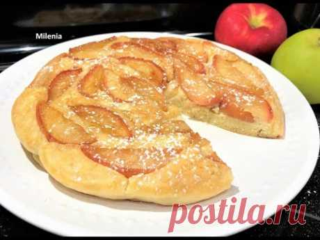 10 минут. Ленивый ЯБЛОЧНЫЙ ПИРОГ  на сковороде к Чаю или Завтраку,   Карамельные Яблочки.