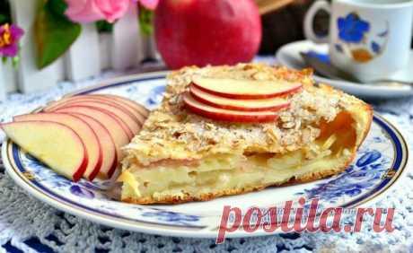 Наливной пирог с яблоками и хрустящей овсяной корочкой на 100грамм - 149.87 ккалБ/Ж/У - 5.35/5.03/20.29   Ингредиенты:  Мука цельнозерновая - 160 г Молоко 1% - 150 мл  Яйца - 2 шт  Овсяные хлопья - 4 ст. л  Яблоки - 2 шт  Разрыхлитель - 1/2 ч. л  Соль - по вкусу  Масло оливковое - 2 ст. л Подсластитель - по вкусу  За рецепт спасибо группе Диетические рецепты   Приготовление:  К яйцам добавить щепотку соли и ванилин. Тщательно перемешать венчиком, влить молоко (можно и холо...