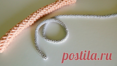 Как связать шнур крючком для сумки | Вязаные ручки | Ремешок | Уроки вязания с тетей Серафимой | Яндекс Дзен