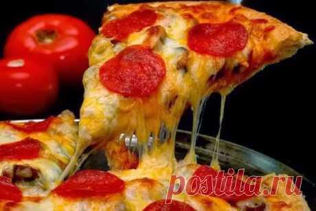 """Пицца """"Пепперони""""  Ингредиенты: Вода - 100 мл. Сахар - 1 ч.л. Показать полностью…"""