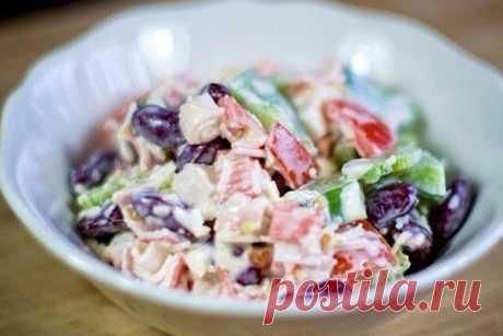 Салат с крабовыми палочками и фасолью — Кулинария для всех