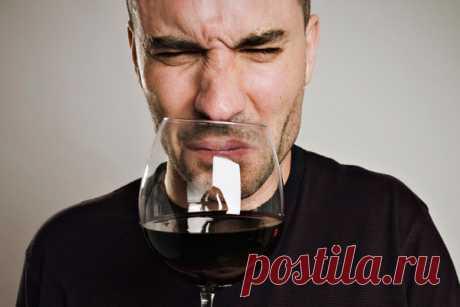 7 основных дефектов вина      В период вегетации виноград, как и любые другие культуры, подвержен огромному количеству болезней. Чтобы листья и грозди винограда не поразил грибок и не заселили вредители, на протяжении всего с…