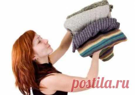 6 проверенных способов избавиться от запаха на одежде Некоторые ткани гигроскопичны ровно настолько, что впитывают ароматы дома. Плохая вытяжка на кухне, редкие проветривания, повышенная влажность в ванной — все это оказывает влияние на то, как будут пах...