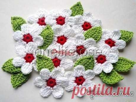 Декоративная цветочная салфетка. Схемы