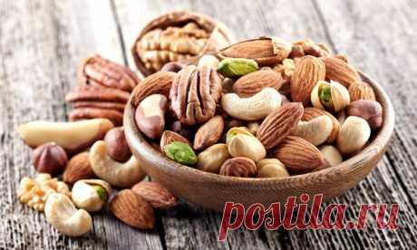 Почему нужно вымачивать орехи