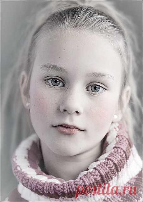 Фотография с налётом старины / Photoshop уроки и всё для фотошоп - новые уроки каждый день!