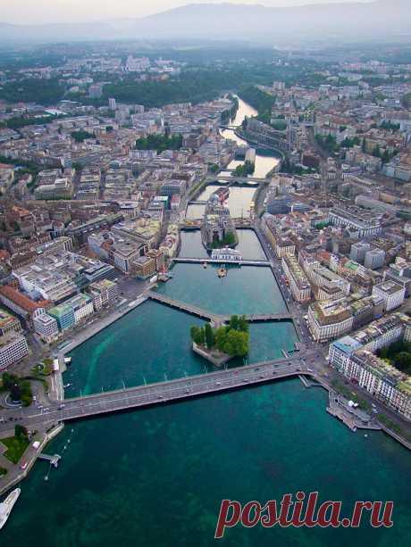 Увидеть Женеву - и остаться там навсегда! Женева. Неподготовленный российский турист, попадая в Женеву, бывает разочарован.  Где пряничные домики и коровы на зеленых лугах, где замки?  Женева — не про это, Женева — это европейский Нью-Йорк.  …