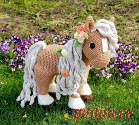 Лошадка, связанная крючком: подробное описание | Be Creative | Яндекс Дзен