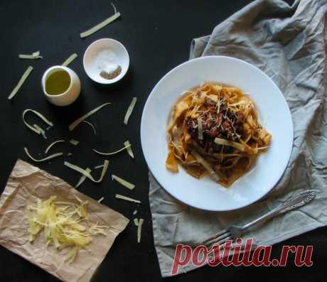 Как сделать домашнюю итальянскую пасту с мясом? | Evil Olive Food