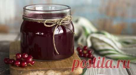 La jalea de la grosella roja, poshagovyy la receta de la foto