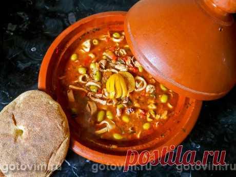 Кальмары в томатном соусе с оливками по-мароккански.