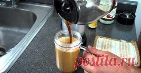 Просто добавьте 1 чайную ложку кокосового масла к утреннему кофе, чтобы увеличить потерю веса и ускорить процесс сжигания калорий - Советы для тебя