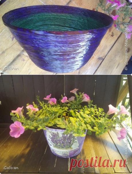 Мало кто догадывается, из чего я делаю большие вазоны для своих петуний | Страна Мастеров