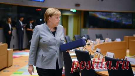Меркель прилетела в Москву за помощью. Срочной помощью - РИА Новости, 11.01.2020