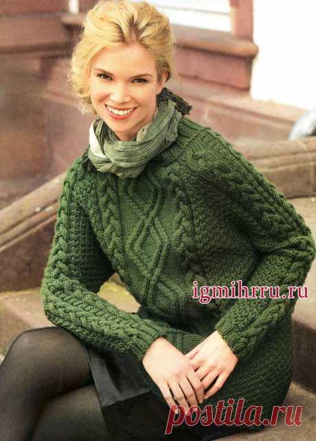 Микс выразительных узоров. Зеленый пуловер из мериносовой шерсти.