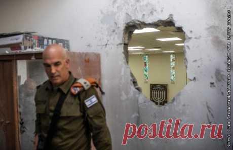 16-5-21-Израильский генерал счел рекордным масштаб обстрелов из сектора Газа Палестинская группировка ХАМАС в течение нынешнего конфликта с Израилем добилась рекордно высокой интенсивности ракетных обстрелов израильской территории, сообщает газета The Times of Israel со ссылкой на израильского армейского генерала Ори Гордина.