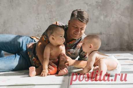 Как играть с новорожденным? 10 идей для игр с малышами до 3 месяцев   Игорь Новокриницкий   Яндекс Дзен