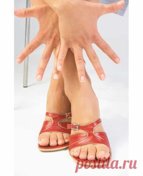 Лечение грибка ногтей народными способами Грибок, он же – микоз, является болезнью кожи, которая вызвана паразитическими грибами. Заболевание грибка ногтей, встречается очень часто и передается от одного человека, другому. Заболеть им, можно в бане, душевой, бассейне и других местах общего пользования...
