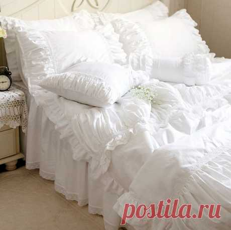 Роскошные белые кружева рюшами постельных принадлежностей, твин полный queen king cotton девушка, французская принцесса замуж домашний текстиль покрывало пододеяльник купить на AliExpress