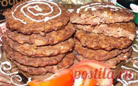 Печёночные котлеты с морковью и манкой. Настолько вкусных я никогда не готовила - Ok'ейно Основные ингредиенты: Куриная печень – 500 гр, ...