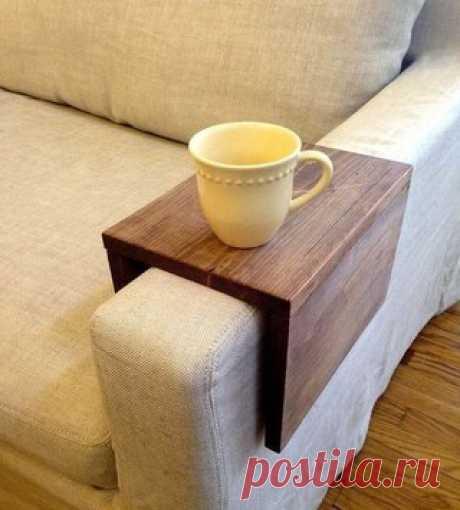 Удобная деталь для мягких диванов