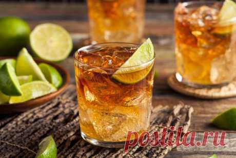 Топ-5 коктейлей с ромом от Шефмаркет Ром считается одним из самых романтических алкогольных напитков, и с этим сложно поспорить.