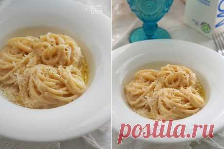 Паста с сырно-молочным соусом (вариант с двумя сырами)