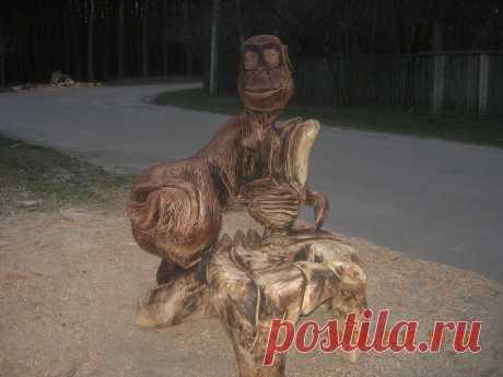 обезьянка со стульчиком