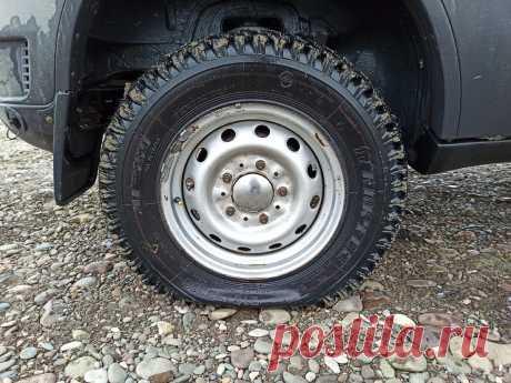 Как накачать спущенное автомобильное колесо без компрессора или насоса.