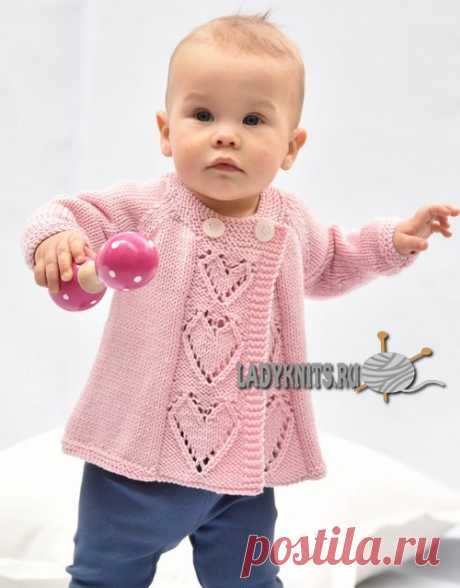 Вязаный спицами нарядный кардиган для девочки от 3 месяцев до 8 лет