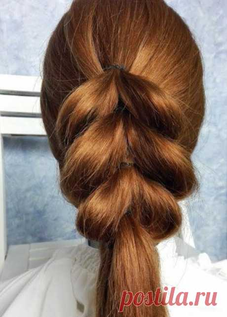 Hairdress on elastics. Easily and conveniently