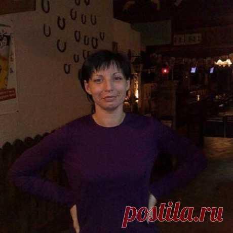 Елена Елкова