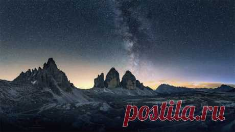 Фото дня. Млечный путь над Доломитами.