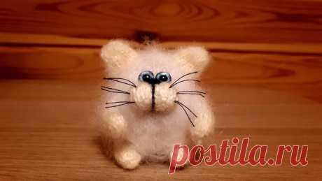 Пушистый котик, связанный на 5-ти спицах | Рекомендательная система Пульс Mail.ru