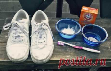 Проверенные способы убрать неприятный запах из обуви Эффективное средство, которое поможет избавиться от запаха и сделать обувь как новой. /Фото: vkurselife.comНаша обувь постоянно находится в опасности. Она очень часто пачкается самыми разными...