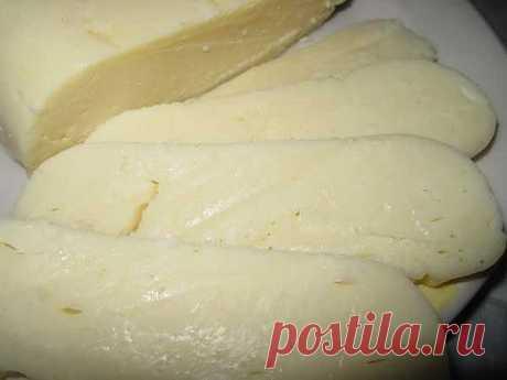 Рецепт низкокалорийного сыра собственного приготовления.