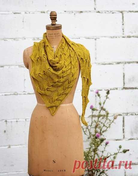 Шарф-платок спицами с узором косы — HandMade