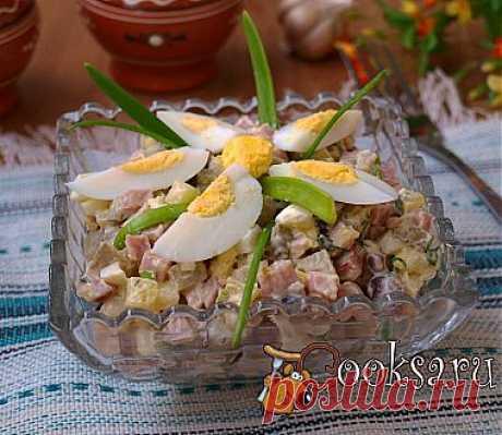 Салат с ветчиной,яйцами и маринованными грибами рецепт с фото