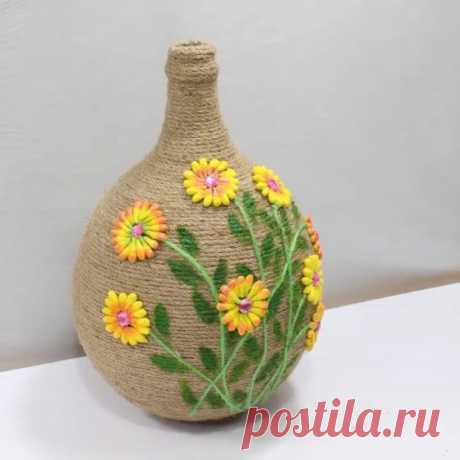 Комбинированная ваза с декором из шпагата