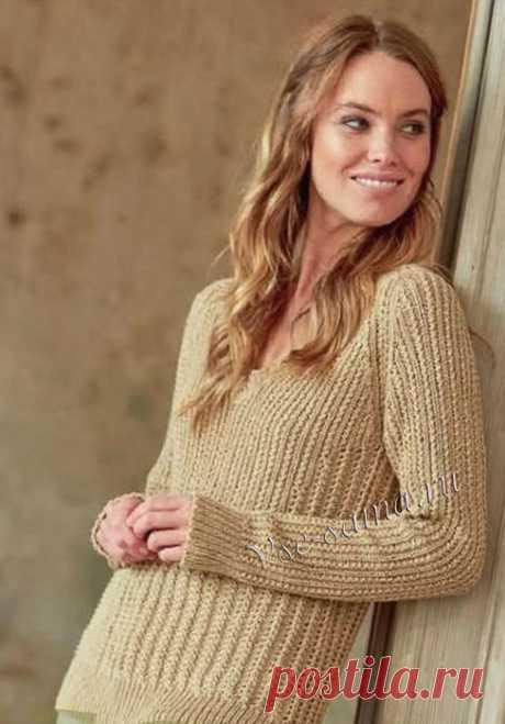 Пуловер песочного цвета с v-образным вырезом