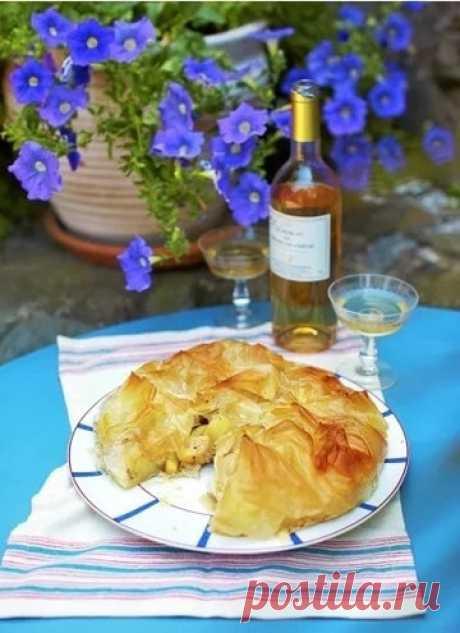 Яблочный пирог рецепт  Яблочный пирог рецепт с разными видами теста является одним из наиболее популярных пирогов