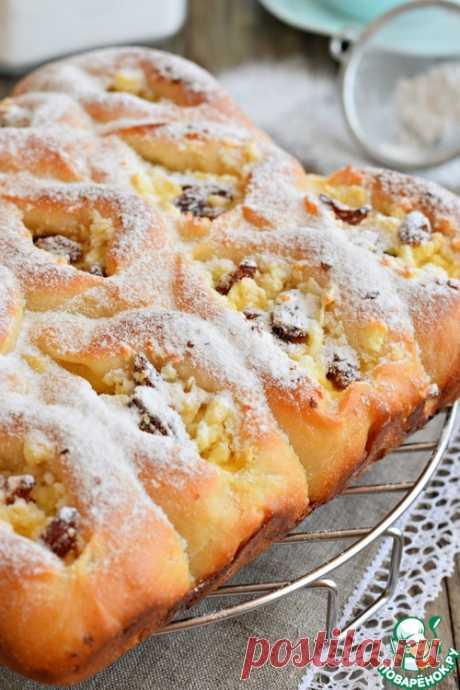 Пирог разборный с творогом и изюмом – кулинарный рецепт
