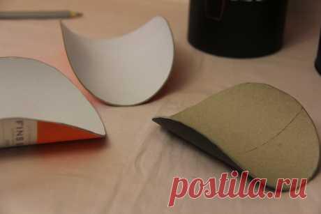 Есть разные тубусы и от их диаметра и заданный размер шляпки зависит как согнуты поля. Все по вашей фантазии и дизайна придуманного изделия.