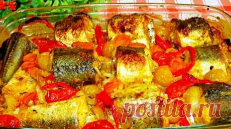 Вкуснее рыбы нет с овощами в духовке! Самая сочная, прекрасный ужин Такая сочная и ароматная рыбка с овощами вам точно придется по вкусу....