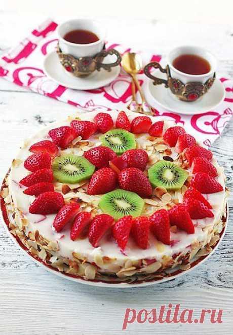 Тортик йогуртовый с киви и клубничкой   My Milady
